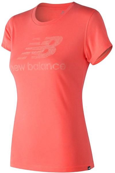 New Balance - Essentials Track Club Tee - Streetwear - Shirts & Tops - T-Shirts - FIji